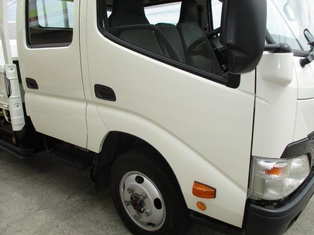 2t Wキャブ ロング 垂直パワーゲート 4WD ゲート昇降荷重600Kg 4WD切替え式 リアヒーター ETC(37枚目)