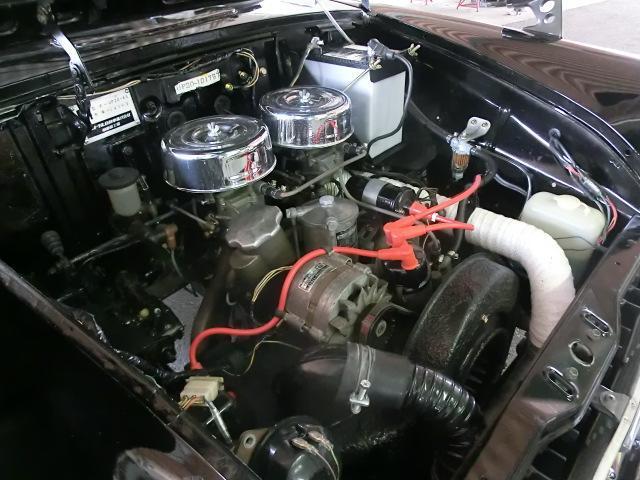 綺麗なエンジンルームをご覧下さい。空冷なのでその分部品が少なく、すっきりしています。