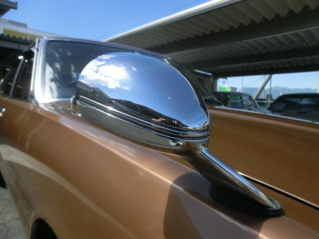 メッキのフェンダーミラーも良い状態。メッキのフェンダーミラーはショートノーズでは上級グレードのエクストラ専用装備。