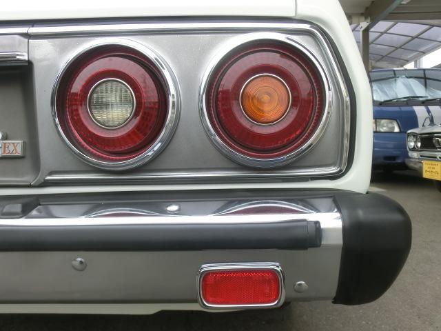 人気の前期テール。当時はライトリムの塗装を落とし、メッキにしている車を良く見ました。他車への流用もありましたね。