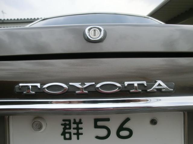 2ドアハードトップ2000スーパーサルーン ノーマル車(18枚目)