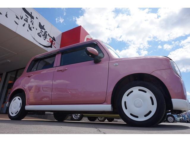 当店では、独自の仕入れ基準をクリアした車両のみ、プロの専任スタッフが全国各地から大量に仕入れしています!さらに、専門店だから薄利多売が可能♪状態の良い軽自動車だけをお値打ちに販売させて頂いております!