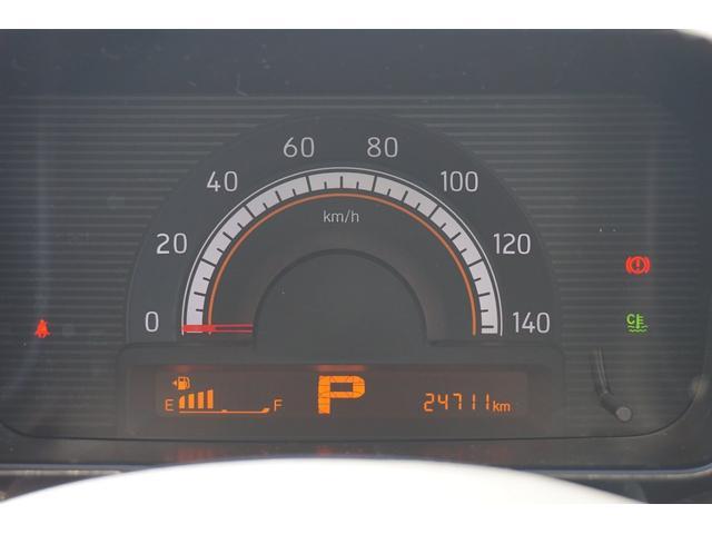 大きくて見やすいメーターパネルになっています!ご覧のとおり走行もまだ24,711km!まだまだこれからです☆車検もR3年3月まで付いています♪