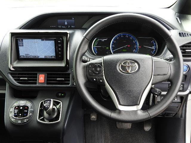 トヨタ ノア ハイブリッドG 地デジMナビ LEDヘッド 両側自動ドア