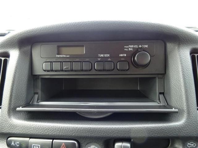 DX 2エアバッグ ABS エアコン パワーステアリング 4速オートマ車 AM/FMラジオ(10枚目)