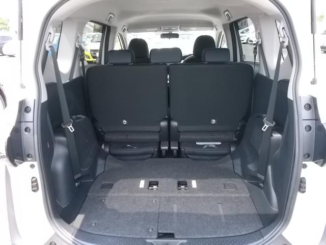 ●室内空間●後席からの視界も良好な、ゆとりある3列シート☆ 自在にフォーメーションを変えられる、大容量ラゲージスペース♪