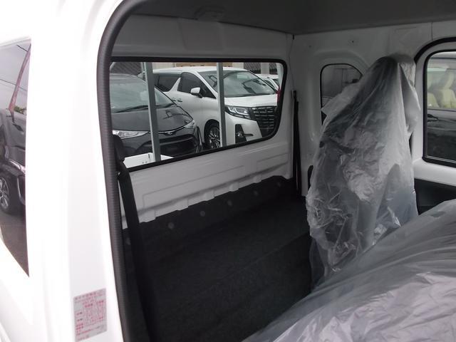 X 4WD 5速マニュアル車 CD キーレス(16枚目)