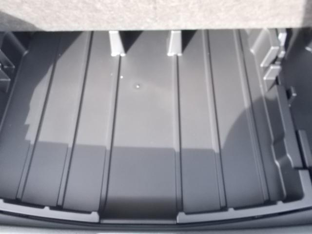 1.5X 4WD TSS-C SDナビ ワTV ETC(9枚目)