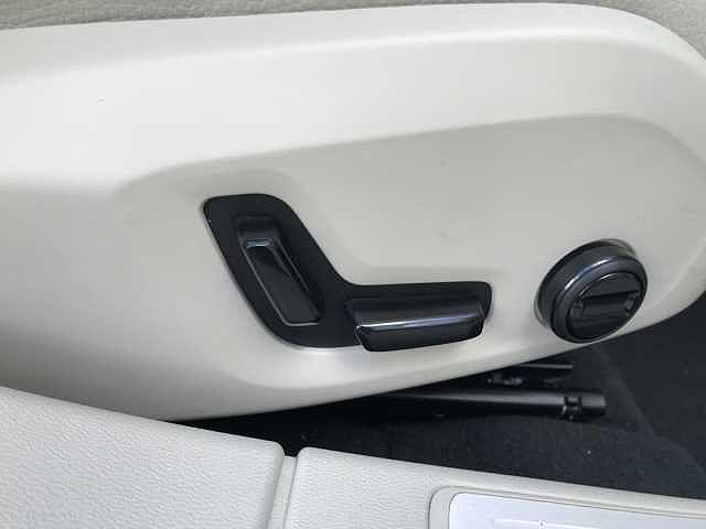 「ボルボ」「ボルボ V60」「ステーションワゴン」「群馬県」の中古車21