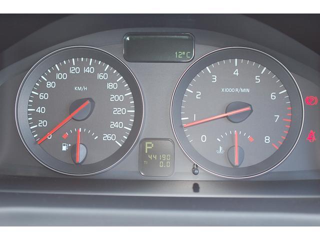 ボルボ ボルボ S40 2.4アクティブ HDDナビ レザーシート