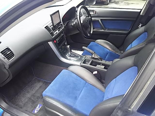 スバル レガシィツーリングワゴン 2.0GT WRリミテッド2005 ハーフレザーシート