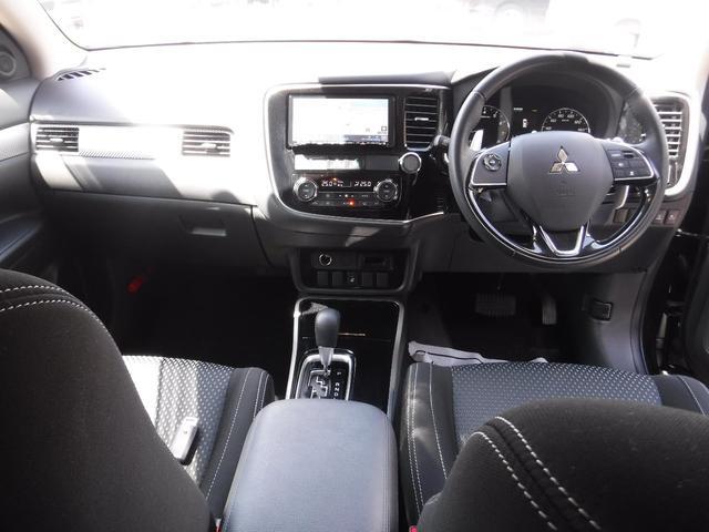 24Gセーフティパッケージ 4WD 7人 ワンオーナー ナビ(5枚目)