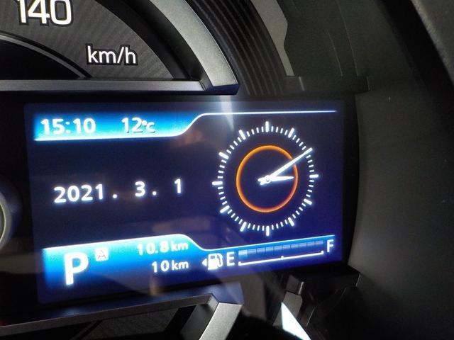 Jスタイル 届出済未使用車 Bluetooth地デジナビ付 ハンズフリー USB端子 ホワイトルーフ ルーフレール LEDライト 専用メッキグリル レザー調ファブリックシート メッキドアハンドル メーカー保証付(15枚目)