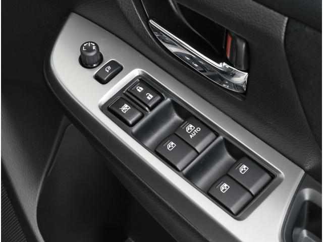 スバル インプレッサスポーツ 2.0i EyeSightプラウドエディション 元社用車