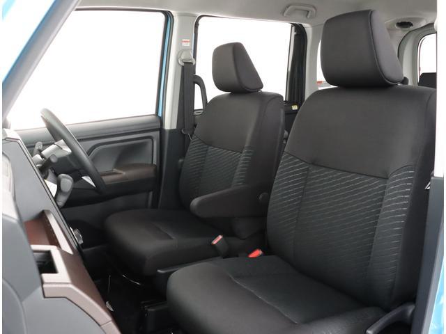 ゆったり座れて、長時間の運転も疲れにくいシート!