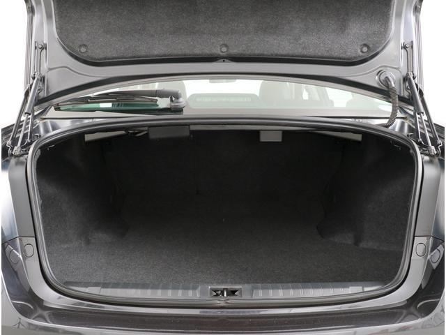 Limited EyeSight搭載車 8インチナビ 革(20枚目)