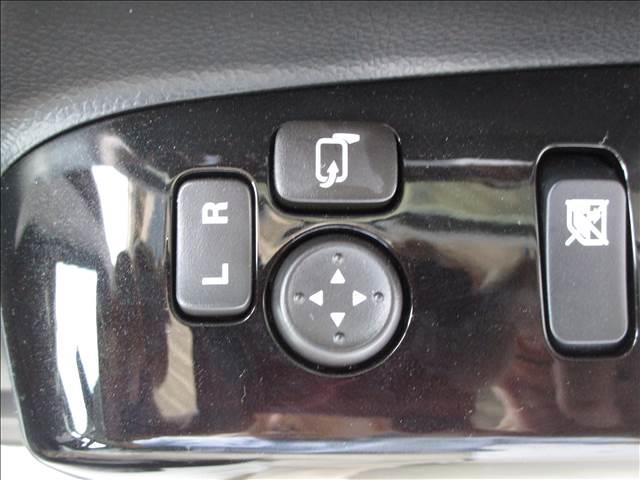 スズキ ワゴンRスティングレー ハイブリッドX ブレーキサポート シートヒーター キーフリー