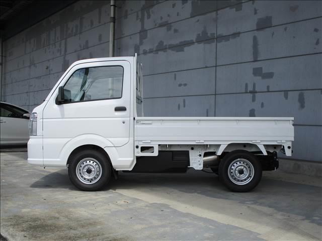 スズキ キャリイトラック KCエアコン・パワステ 4WD 5MT 届出済未使用車