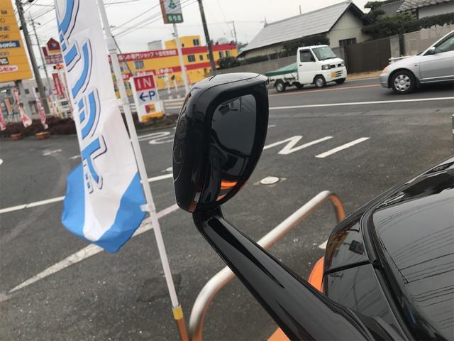 ベースグレード ナビ 4WD バックカメラ オーディオ付(8枚目)