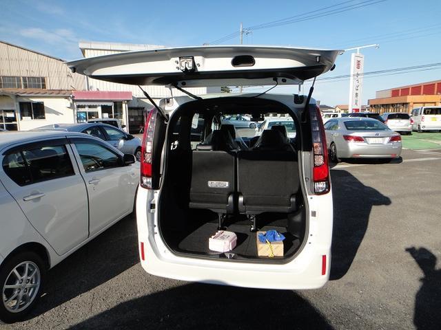 「トヨタ」「エスクァイア」「ミニバン・ワンボックス」「茨城県」の中古車8