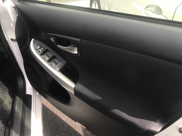 「トヨタ」「プリウス」「セダン」「茨城県」の中古車29
