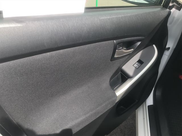「トヨタ」「プリウス」「セダン」「茨城県」の中古車41