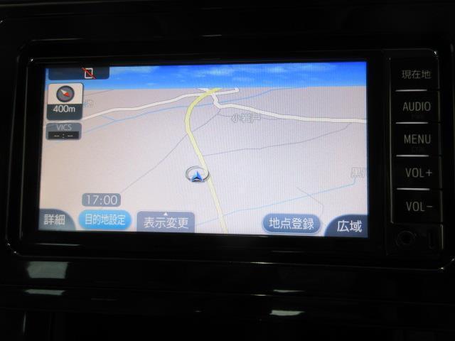 2.5X 4WD メモリーナビ バックカメラ LEDヘッドランプ 乗車定員8人(4枚目)