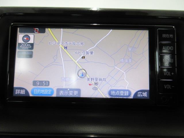 X 4WD メモリーナビ バックカメラ LEDヘッドランプ 乗車定員8人(5枚目)