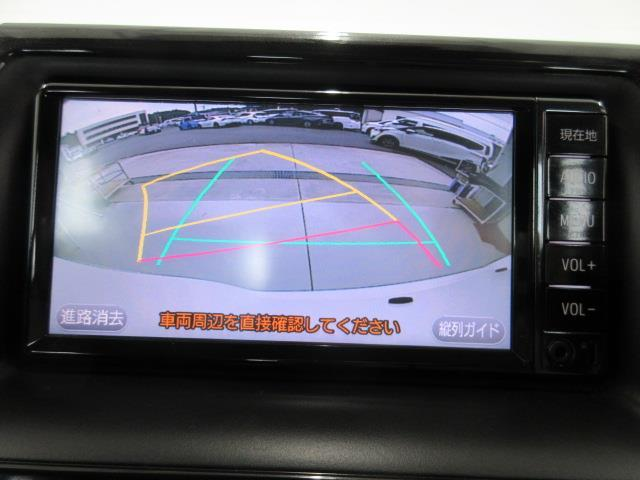 X 4WD メモリーナビ バックカメラ LEDヘッドランプ 乗車定員8人(6枚目)