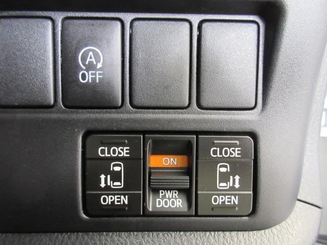 X 4WD メモリーナビ バックカメラ LEDヘッドランプ 乗車定員8人(13枚目)
