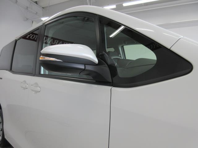 X 4WD メモリーナビ バックカメラ LEDヘッドランプ 乗車定員8人(19枚目)