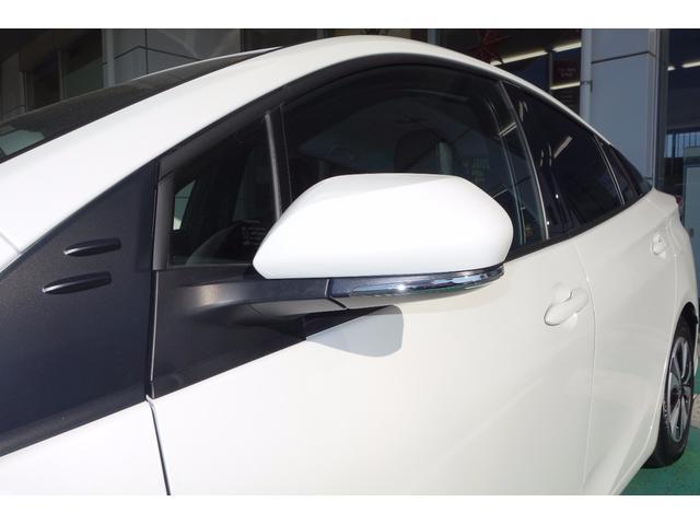 トヨタ プリウスPHV Sナビパッケージ 当社デモUP 11.6インチナビ LED