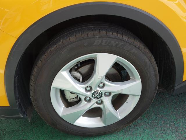 「トヨタ」「C-HR」「SUV・クロカン」「茨城県」の中古車16