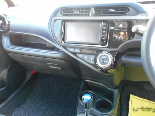 トヨタ アクア S メモリーナビ バックモニター ETC