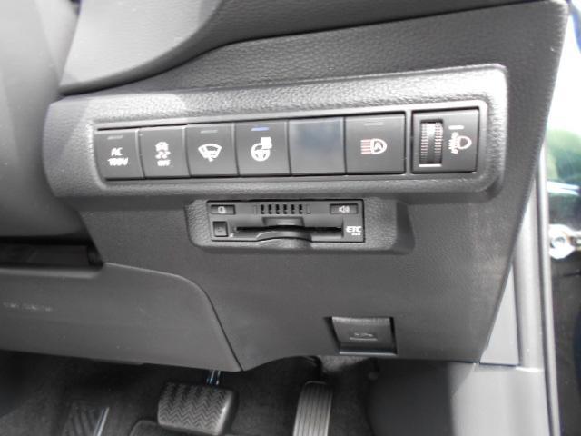 「トヨタ」「カローラスポーツ」「コンパクトカー」「茨城県」の中古車17