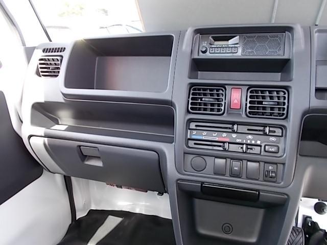 4WD マニュアルAC PS(15枚目)