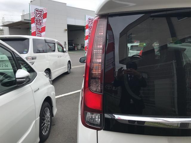 「トヨタ」「エスクァイア」「ミニバン・ワンボックス」「茨城県」の中古車15