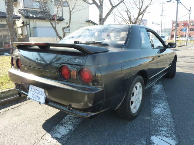 日産 スカイライン GTS25タイプS