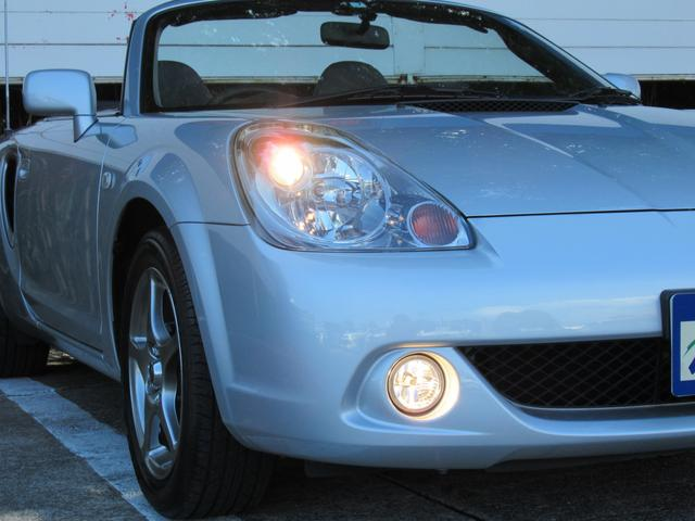 純正ヘッドライト付で、夜間時の視界も広がり安全なドライブをお楽しみください!