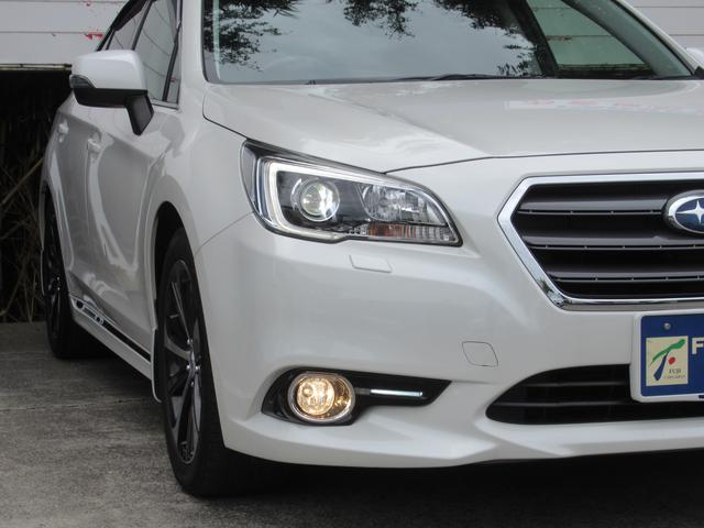 純正LEDヘッドライト付で、夜間時の視界も広がり安全なドライブをお楽しみください!
