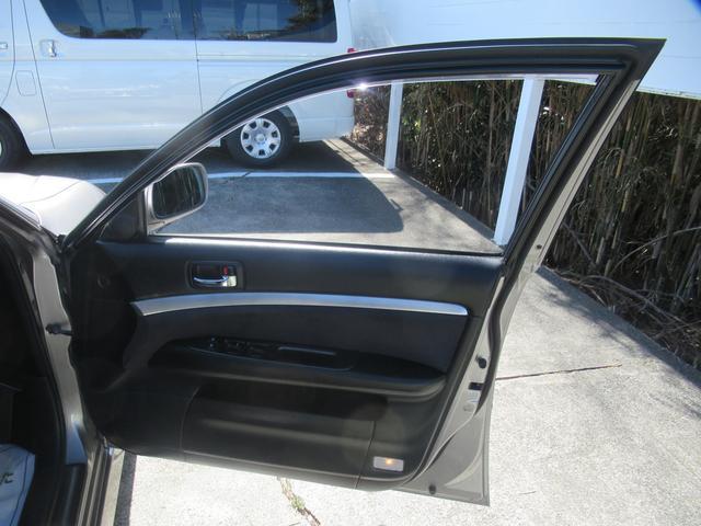 グランデiR-V フォーチュナ 純正5速マニュアル モデリスタエアロ トランクスポイラー アップガレージ15thマフラー ブリッツ車高調 レイズ18インチアルミホイール パワーシート HIDヘッドライト キーレス(28枚目)