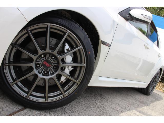 R205 400台限定車 320馬力 専用ボールベアリングターボ 専用チューニングのECU 専用低背圧スポーツマフラー 純正レカロシート STIアンダースポイラー ブレンボキャリパー 新品タイヤ(9枚目)