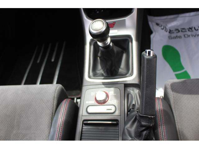 R205 400台限定車 320馬力 専用ボールベアリングターボ 専用チューニングのECU 専用低背圧スポーツマフラー 純正レカロシート STIアンダースポイラー ブレンボキャリパー 新品タイヤ(18枚目)