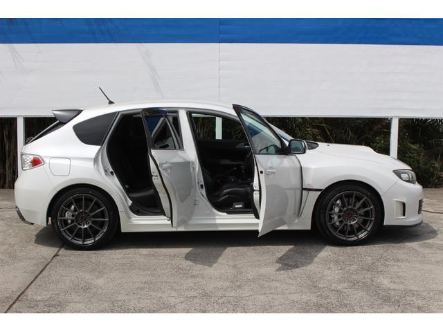R205 400台限定車 320馬力 専用ボールベアリングターボ 専用チューニングのECU 専用低背圧スポーツマフラー 純正レカロシート STIアンダースポイラー ブレンボキャリパー 新品タイヤ(26枚目)