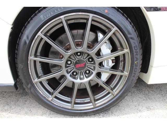 R205 400台限定車 320馬力 専用ボールベアリングターボ 専用チューニングのECU 専用低背圧スポーツマフラー 純正レカロシート STIアンダースポイラー ブレンボキャリパー 新品タイヤ(27枚目)