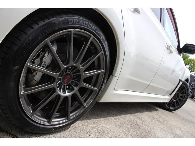 R205 400台限定車 320馬力 専用ボールベアリングターボ 専用チューニングのECU 専用低背圧スポーツマフラー 純正レカロシート STIアンダースポイラー ブレンボキャリパー 新品タイヤ(29枚目)