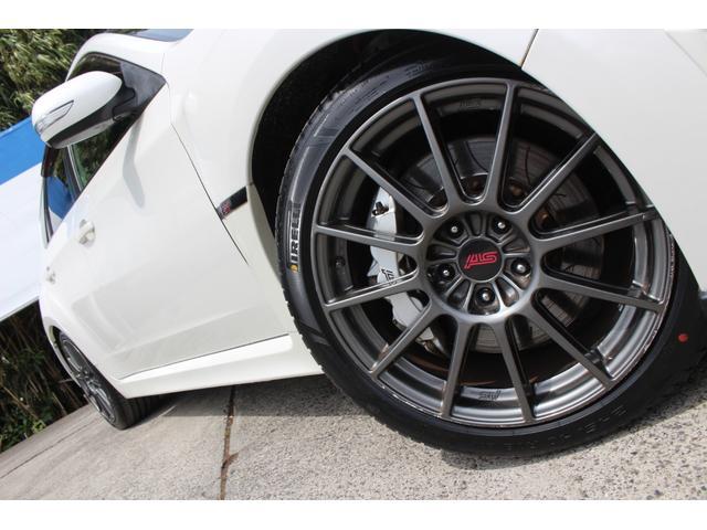 R205 400台限定車 320馬力 専用ボールベアリングターボ 専用チューニングのECU 専用低背圧スポーツマフラー 純正レカロシート STIアンダースポイラー ブレンボキャリパー 新品タイヤ(36枚目)
