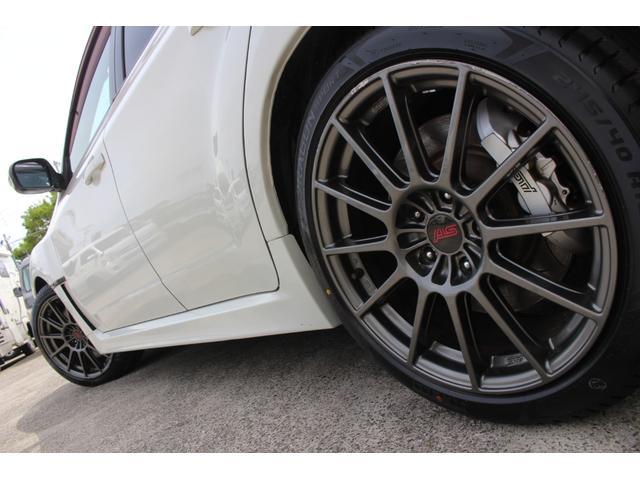 R205 400台限定車 320馬力 専用ボールベアリングターボ 専用チューニングのECU 専用低背圧スポーツマフラー 純正レカロシート STIアンダースポイラー ブレンボキャリパー 新品タイヤ(39枚目)