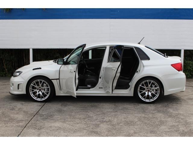 S206 ワンオーナー 300台限定車 320馬力 レカロ製ハーフレザーシート 専用BBS19インチアルミ ビルシュタイン足廻り ブレンボ製ブレーキキャリパー スマートキー 専用エアロ(33枚目)