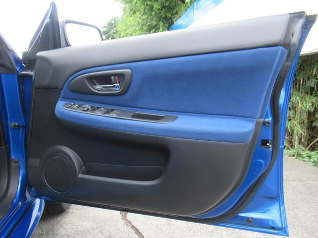 WRX STi E型 記録簿8枚 フジツボマフラー HKSEVC サブコン ブレンボキャリパー 純正17インチアルミ ETC 4WD キーレス ターボ 電動格納ミラー(22枚目)